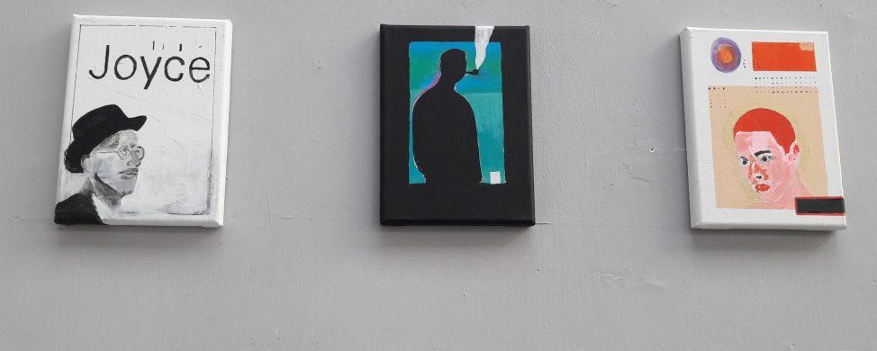 """Wernisaż wystawy """"Kwestia czasu/Pulsacje2, Interdyscyplinarna wystawa artystycznego środowiska uniwersyteckiego Cieszyna i Ostrawy""""."""